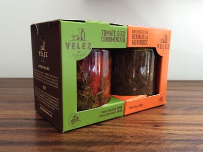 Velez Alimentos // Branding & Packaging