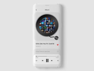 Music Player App figmadesign dailyuichallenge songs uidesign dribble shot ui figma app design gramophone playlist music player music app app userinterface