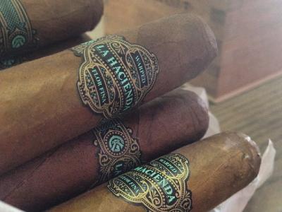 Hacienda band design luxury gold cigars jcdesevre packaging