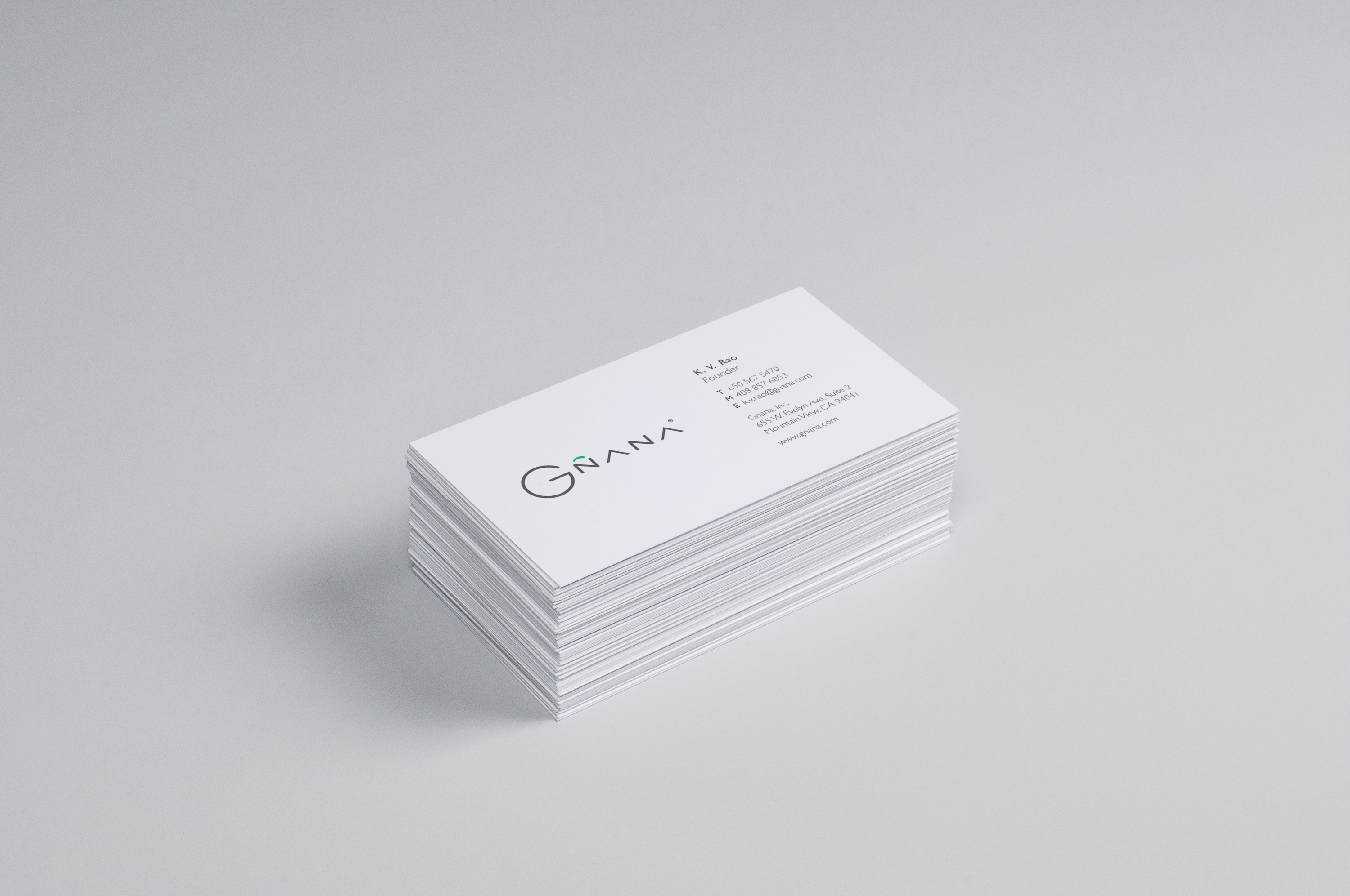 Dribbble - Business-Card-Mock-Up.4.png by Sherzod Max