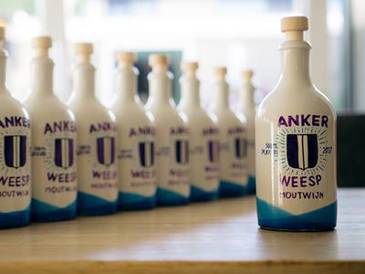 Anker Weesp bottle design paint bottle wine ceramic custom branding watercolour