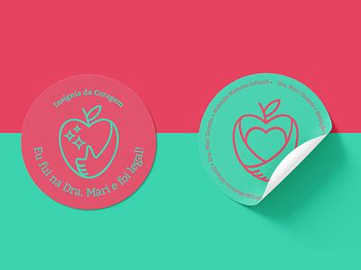 Mari Taranto line mom brand design logo design logo love cool nutritionist nutrition eating healthy heart apple