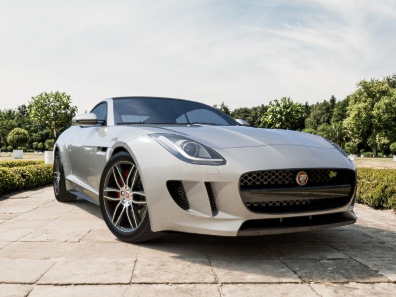Jaguar F-TYPE R photoreal sports car jaguar car automotive rendering british 3d