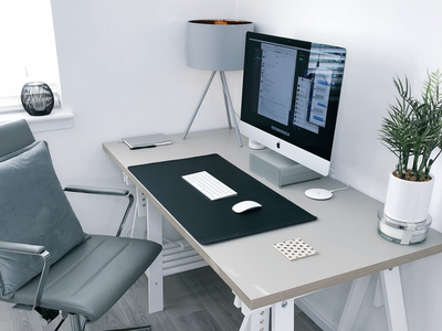 Workspace 2018 office imac 5k minimal clean workspace design