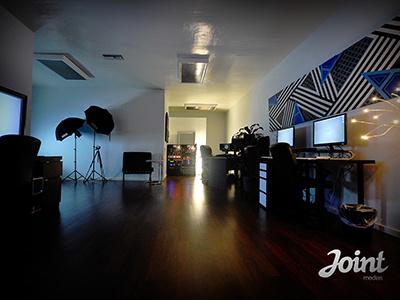 Joint Medias office office photo lighting