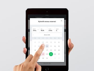 Simple Reservation Form datepicker responsive tablet clean white green restu reservation