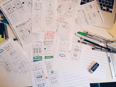 Sketching pen and paper lofi mock up app sketch