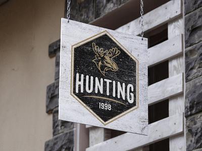 Simple Logo Concept retro vintage hunter hunting moose simple photoshop mockups mockup modern minimalist minimal logo illustration design custom creative concept branding