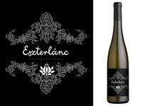 Eszterlanc wine label