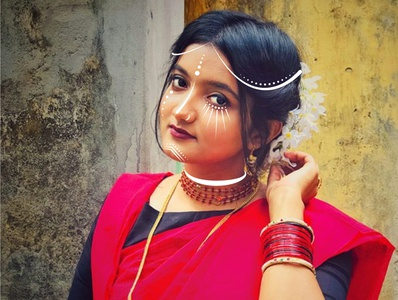Facepaint and Jewelry bengali saree illustrator illustraion facepaint