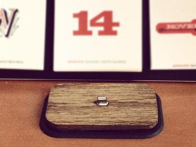 iPhone5 dock mobile iphone dock analog wood