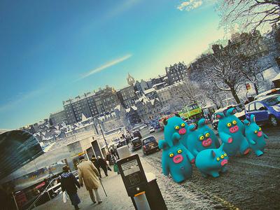 Blue tourists cute little monsters monsters scotland edinburgh illustrations 3dart 3d