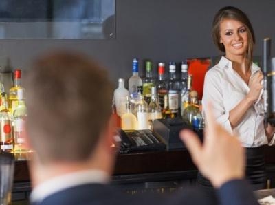 Mask POS woman 768x506 alcohol shaker branding web liquor bartender bartenders design