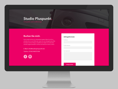Studio Pluspunkt Website typography type avenir branding magenta photographer photography minimalistic clean onepage singlepage background