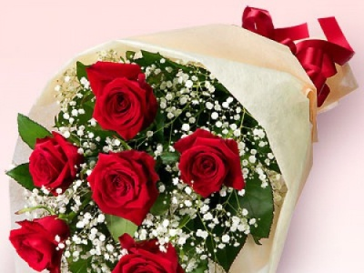 Romantic blooms Online Delivery onlineflowerdelivery dubaiflowerdelivery dubai flowerdelivery flower