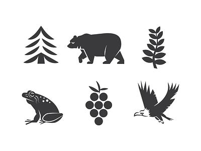 PNW Icons outdoors boardgame game olympic peninsula bellingham seattle washington state pnw fern eagle frog blackberry tree bear evergreen minimal illustration logo icon