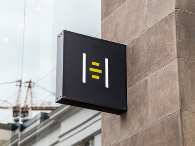 HireBee | Logo design proposal | Pt. 2 | Wall sign