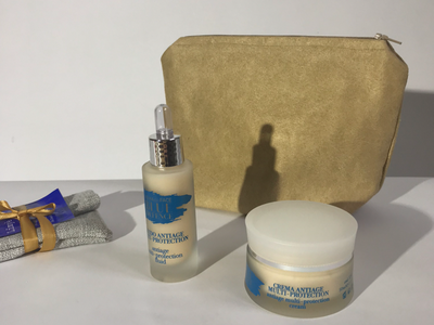 Anti rimpel set met handmade make up tasje van Biobey green cosmetics cosmetics handmade blue light cream biobey organic skincare photography