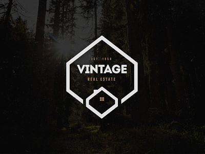 Vintage Logo / Retro Label & Badges clothing restaurant classic hipster retro vintage label badge logos logo