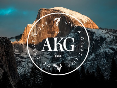 AKG Crest