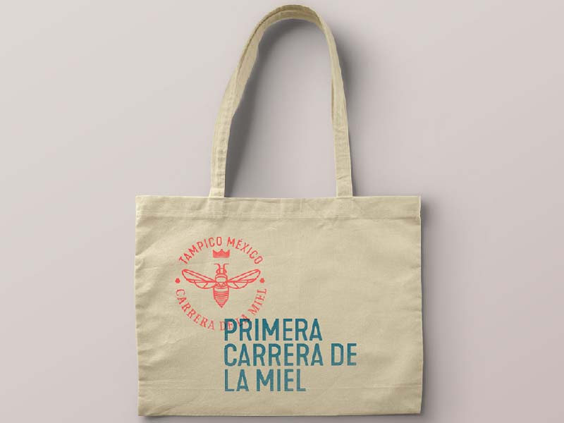 Carrera de la Miel bee honey run branding totebag