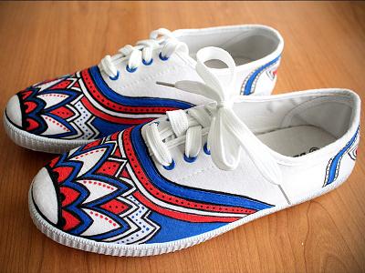 Custom Sneakers (BlueRed Flower) textile painting posca custom sneakers sneakers