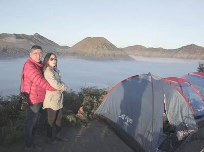 Wisata Camping di Gunung Bromo campgear nature jeep mountain trekking travel camping