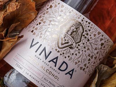 VINADA nonalcohol alcohol zero premium design award winning labeldesign illustration art branding logo branding concept bottle mockup illustration packaging bottle label