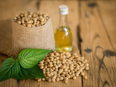Buy Cold Pressed Groundnut Oil Online In India - Gulab Goodness cold pressed groundnut oil