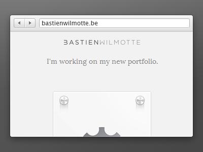Portfolio online soon! portfolio soon ui design gear browser miekd grey twitter dribbble badge mail bouton landing page