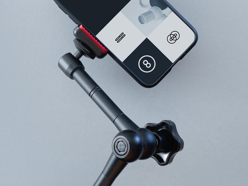 Super⑧❽ Free Mobile Mockup