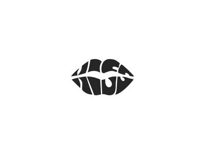 Kiss Logo kiss logo logotype typography
