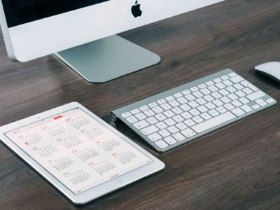Free PSD mockup - Apple iPad and iMac