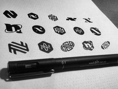 N  simple ink star circle planet icon logo sketch symbol typeface letter n