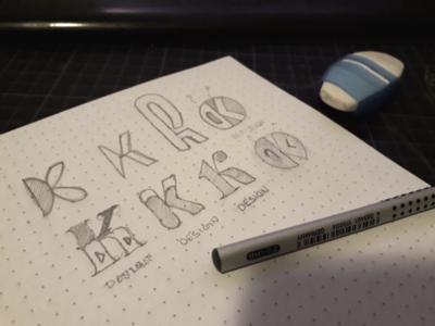 Krimdesign logo k sketching logog