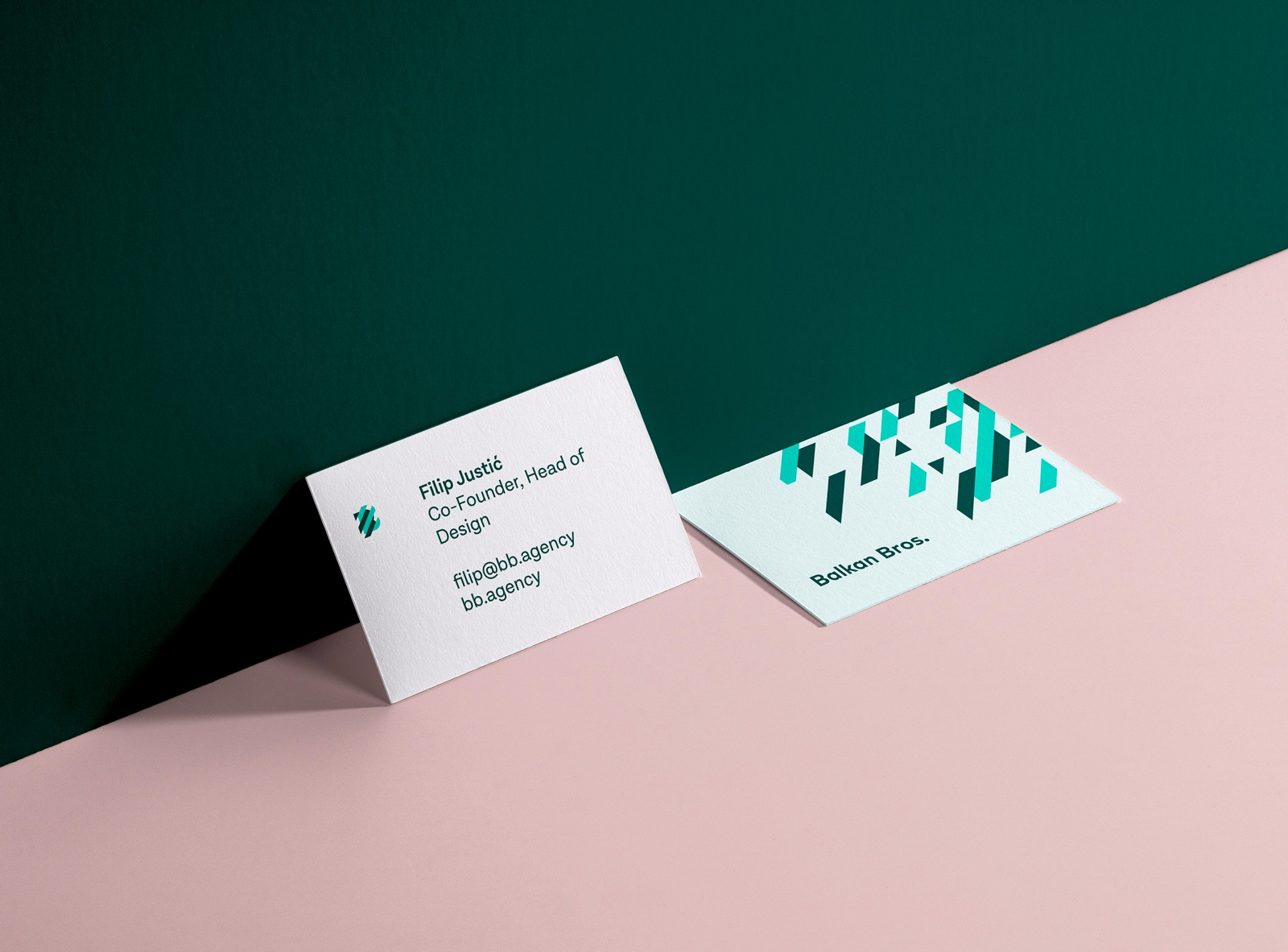 Business card branding mockup 01