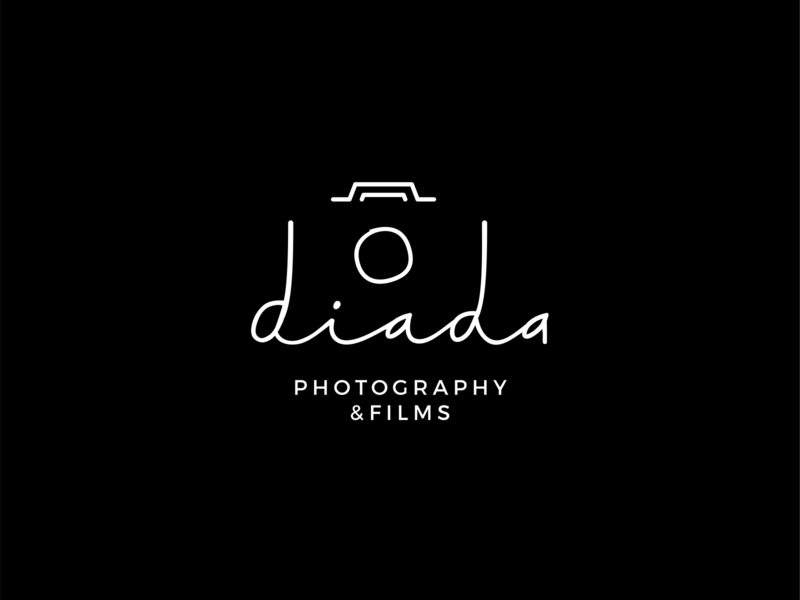 diada photography and films signature simple negative space photo camera wordmark logo wedding films photography
