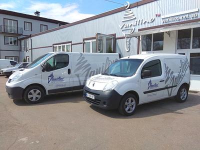 Ice cream maker car branding for