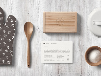 Mad Lil's Kitchen application sample local identity graphic food delivery service meal logo design branding organic