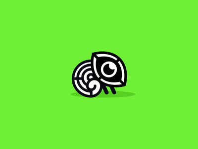 Chameleon logo cute brand animal chrome cmyk icon eye black  white simple logo chameleon