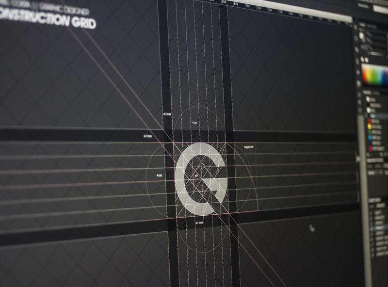 CONSTRUCTION GRID logo website web icon minimal vector typography design gráfico logotipo branding