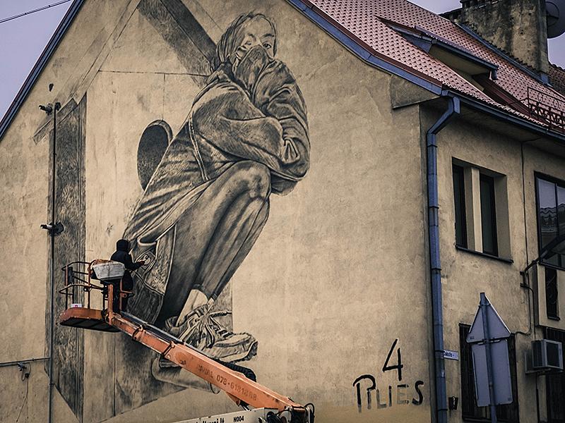 Birdy New Year! illustration graffiti lithuania spraypainting wallpainting neomural mural kaunas plugas