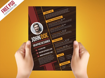 Free PSD : Creative Graphic Designer Resume Template PSD
