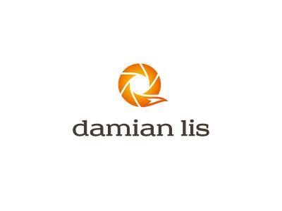 Damian Lis Photography logo photography fox yellow red orange tail