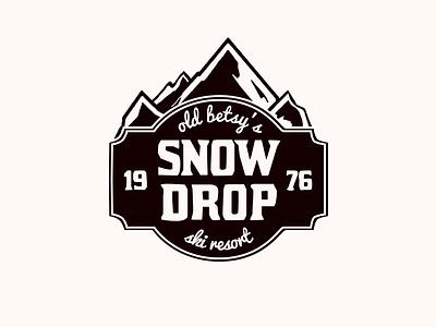 Day 8 - Ski Mountain Logo ski resort ski adventure mountaineering mountain badge logo badge flat logo dailylogochallenge brand design