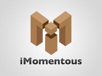 iMomentous Logo