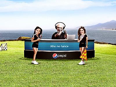 Pepsi . Olho no Lance com Silvio Luiz . 2012 beach football girls
