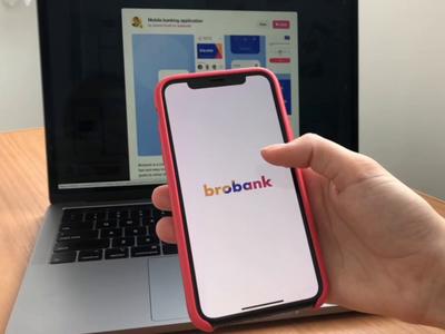 Mobile banking application video drag and drop transaction mobile animation finance app finance application ux design app ui
