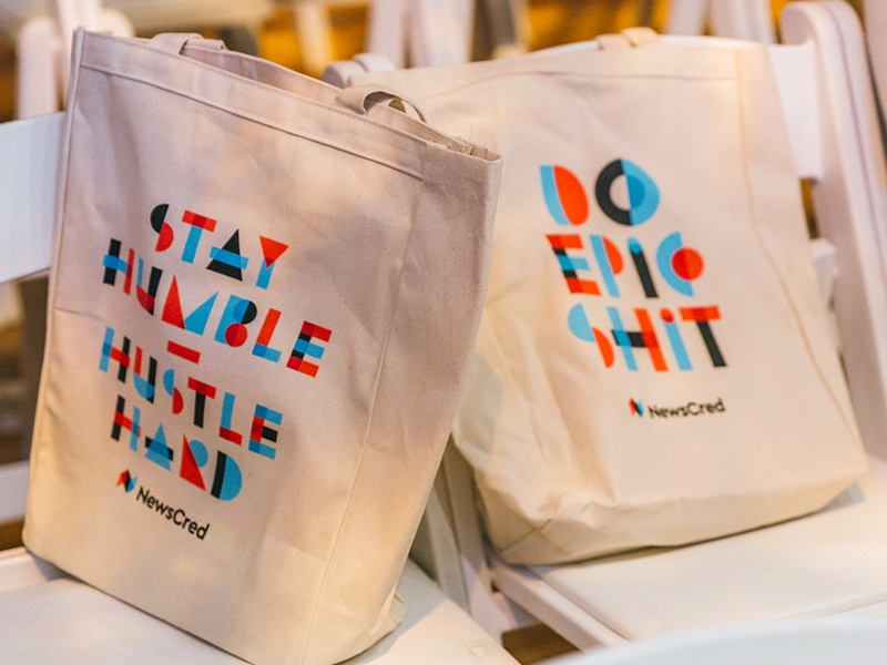 #ThinkContent Summit tote transparency blue red gift event apparel tech startup swag totebag bag tote