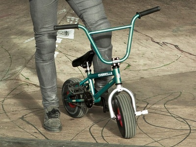 Ed Williams + Guerrilla – Bounce Mini BMX